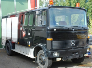 Mercedes Benz 913, 4x2 WD